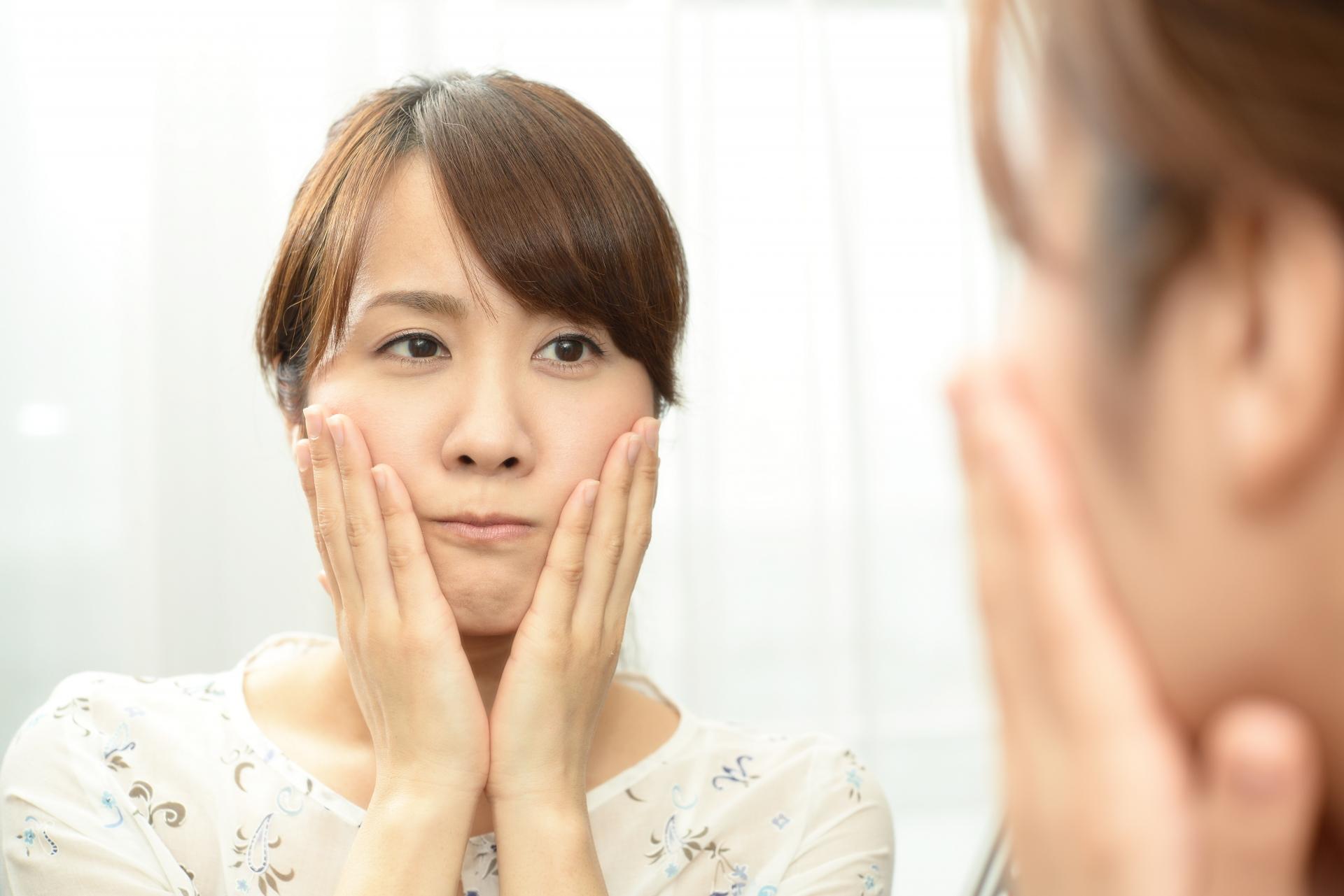 鼻の下 ニキビ 原因
